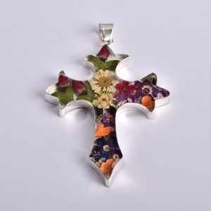 Flowers in Resin 925 Cross Pendant